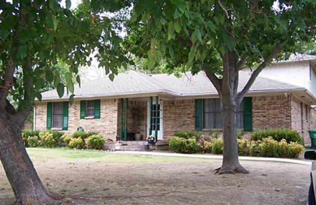 4114 Main St - 4114 Main Street, Rowlett, TX 75088
