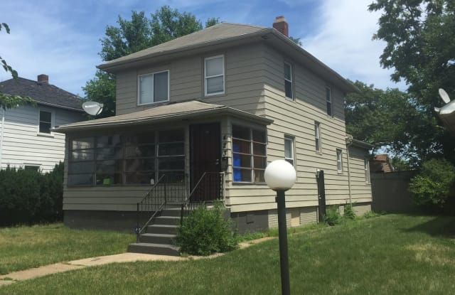 423 Hayes St - 423 Hayes Street, Gary, IN 46404
