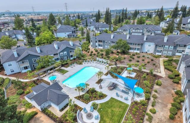 Rosemeade Apartment Homes - 1451 Rocky Ridge Dr, Roseville, CA 95661