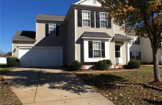 1530 Hollow Maple Drive - 1530 Hollow Maple Drive, Charlotte, NC 28216