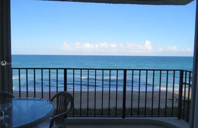 9490 S Ocean Dr - 9490 South Ocean Drive, Hutchinson Island South, FL 34957