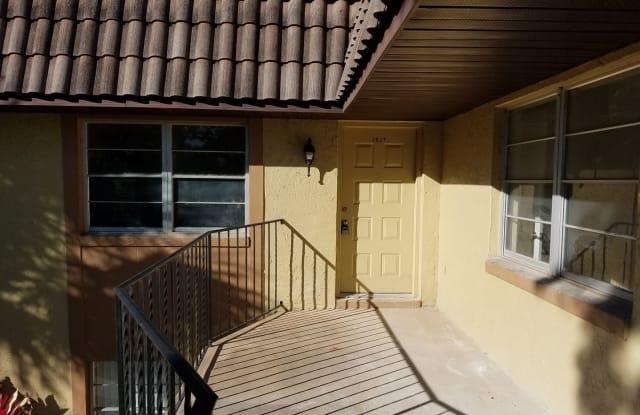 162 WINDTREE LN. - 162 Windtree Lane, Winter Garden, FL 34787