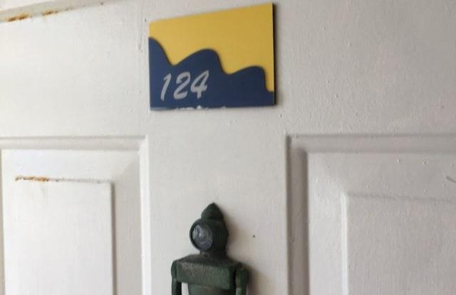 1850 Charlesmont Dr Unit 124 - 1850 Charlesmont Drive, Melbourne, FL 32903