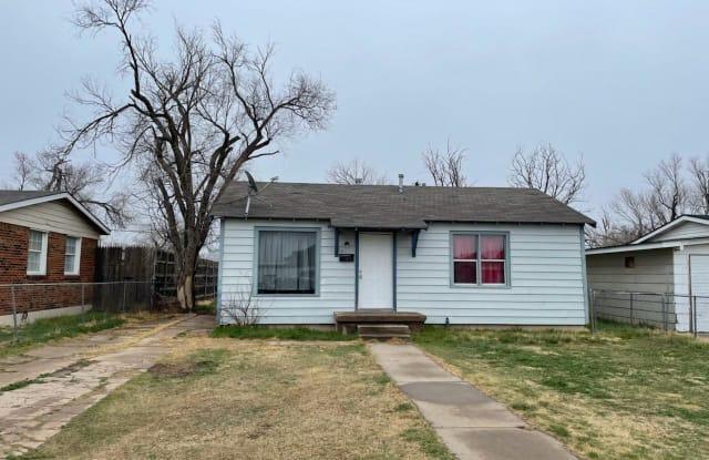 940 COLUMBINE ST - 940 Columbine Street, Amarillo, TX 79107