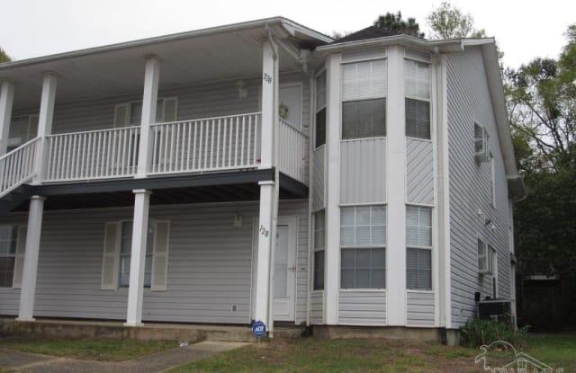 1500 E JOHNSON AVE - 1500 East Johnson Avenue, Ferry Pass, FL 32514