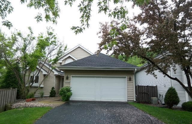 15590 17th Place N - 15590 17th Place North, Plymouth, MN 55447