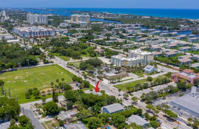 701 SE 4th Street - 701 Southeast 4th Street, Boynton Beach, FL 33435