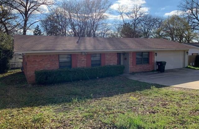 2101 Old Omen - 2101 Old Omen Road, Tyler, TX 75701