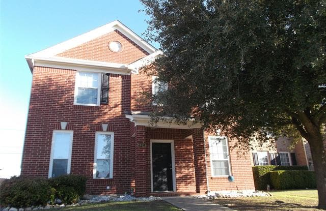 8741 Bloomfield Terrace - 8741 Bloomfield Terrace, Fort Worth, TX 76123