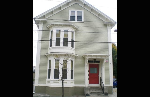 86 Tobey St - 86 Tobey Street, Providence, RI 02909