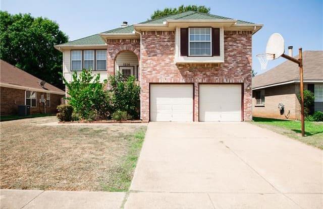 1114 Princeton Place - 1114 Princeton Place, Euless, TX 76040