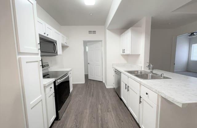 41410 Juniper Street #1924 - 41410 Juniper Street, Murrieta, CA 92562