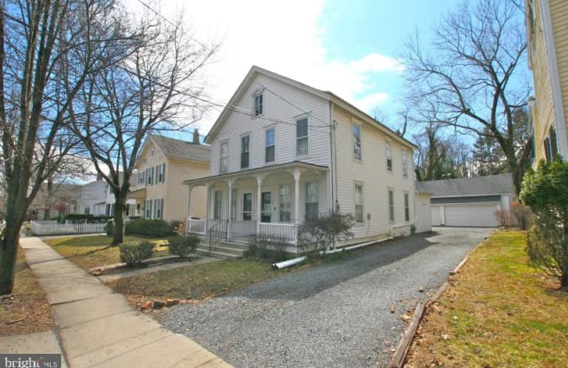 109 WASHINGTON STREET - 109 Washington Street, Rocky Hill, NJ 08553