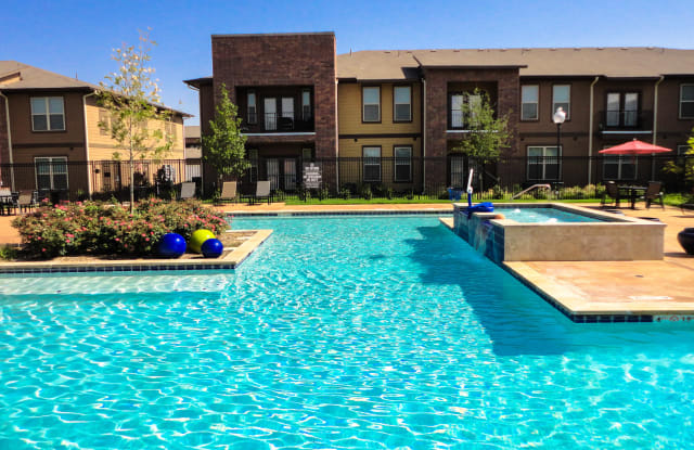 Anatole at City View - 4510 Ironton Ave, Lubbock, TX 79407