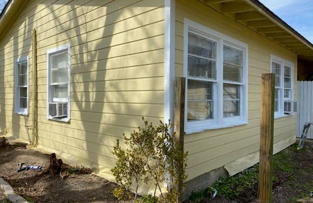 1710 West 8th Street A - 1710 W 8th St, Freeport, TX 77541