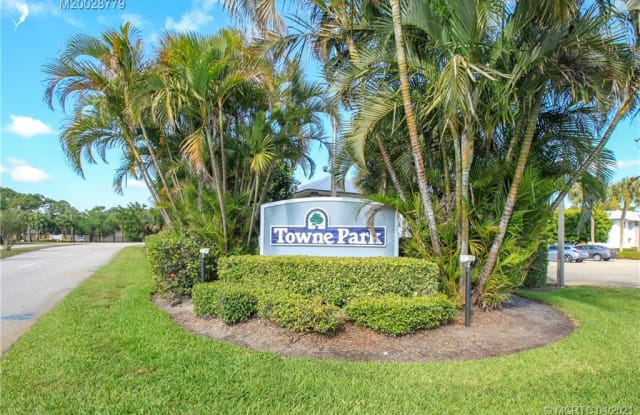801 SE Central Parkway - 801 Southeast Central Parkway, Stuart, FL 34994