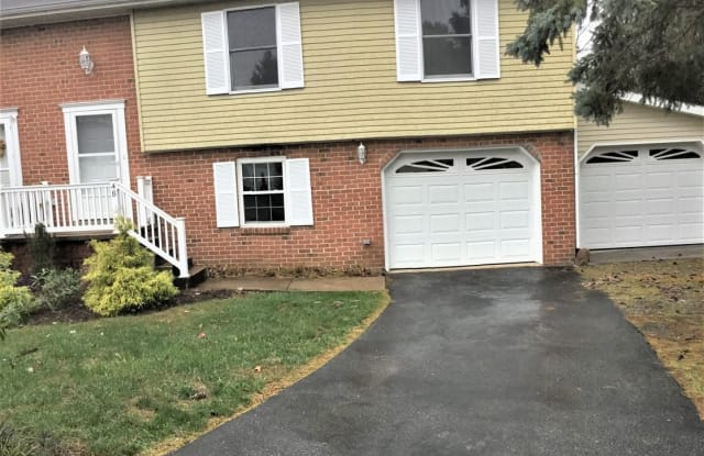 48 KENDES RD - 48 Kendes Road, Lancaster County, PA 17551