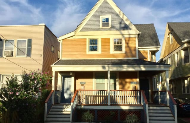 1895 W 52nd St - 1895 West 52nd Street, Cleveland, OH 44102