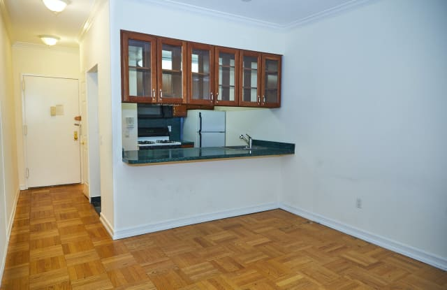 335 E 54th St - 335 East 54th Street, New York, NY 10022