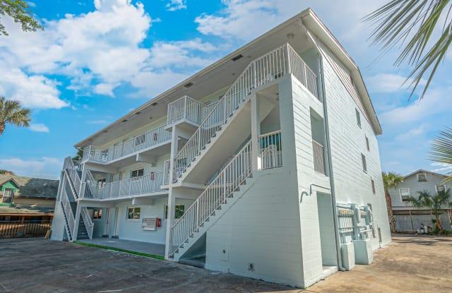 208 N Halifax Ave Apt 9 - 208 North Halifax Avenue, Daytona Beach, FL 32118