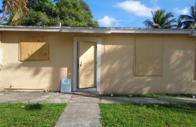 2431 Northwest 9th Street - 2431 Northwest 9th Street, Franklin Park, FL 33311
