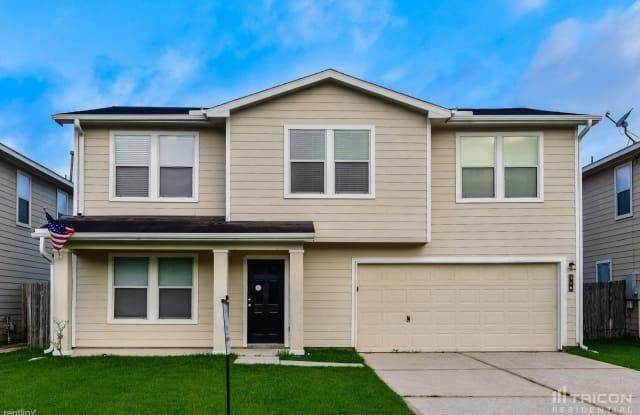 316 Falling Pine Drive - 316 Falling Pine Drive, Conroe, TX 77304