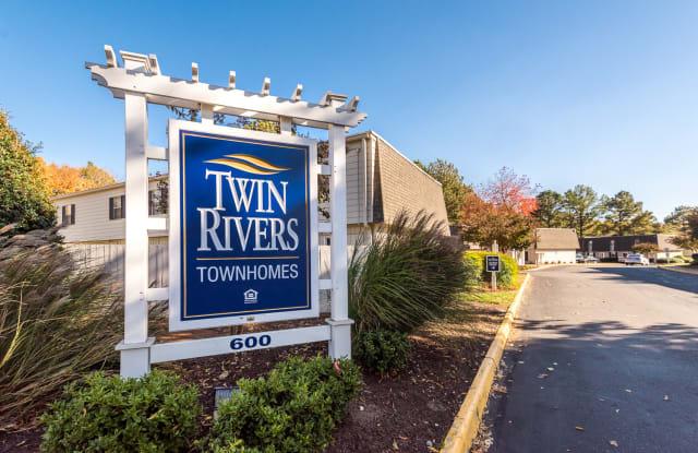 Twin Rivers - 600 Winston Churchill Dr, Hopewell, VA 23860