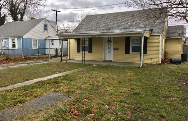 3503 Sollers Point Rd - 3503 Sollers Point Road, Dundalk, MD 21222