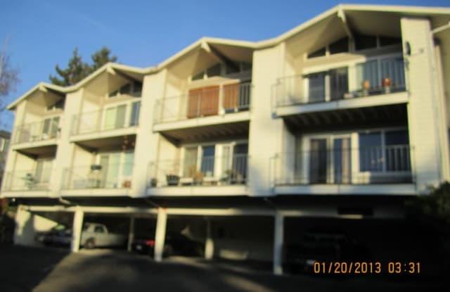 6018 Lake View Drive 101 - 6018 Lakeview Dr, Kirkland, WA 98033
