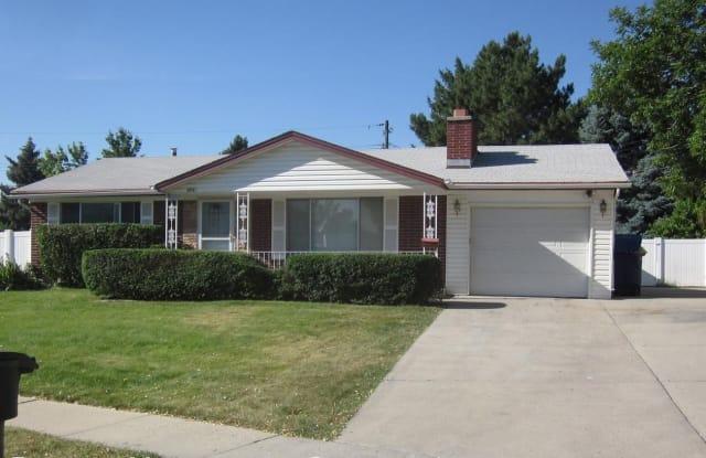 3731 W. Kewanee Dr. (4010 S.) - 3731 Kewanee Drive, West Valley City, UT 84120