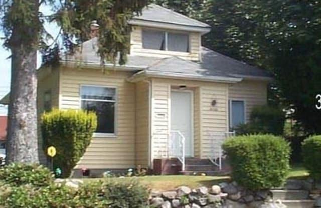 3007 S 14th Str - 3007 South 14th Street, Tacoma, WA 98405