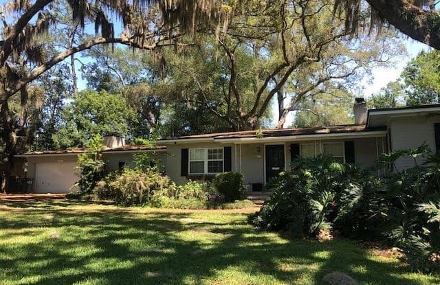 4321 SHERWOOD RD - 4321 Sherwood Road, Jacksonville, FL 32210