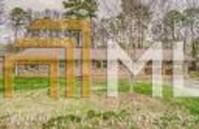 2244 Seven Oaks Cir - 2244 Seven Oaks Circle, DeKalb County, GA 30288