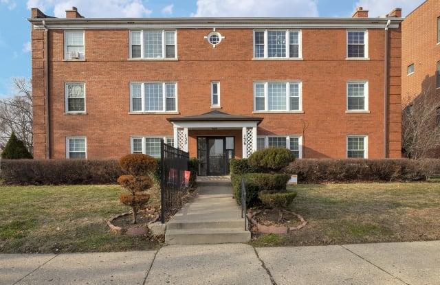 136 Ridge Avenue - 136 Ridge Avenue, Evanston, IL 60202