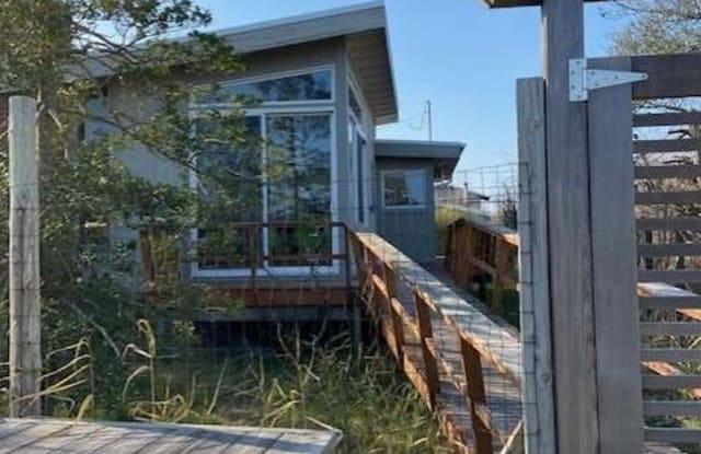9 Beachwold - 9 Beachwood Avenue, Fire Island, NY 11770