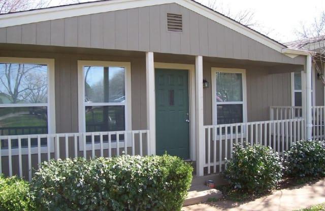 501 S Avenue N, #7 - 501 South Avenue O, Marble Falls, TX 78654