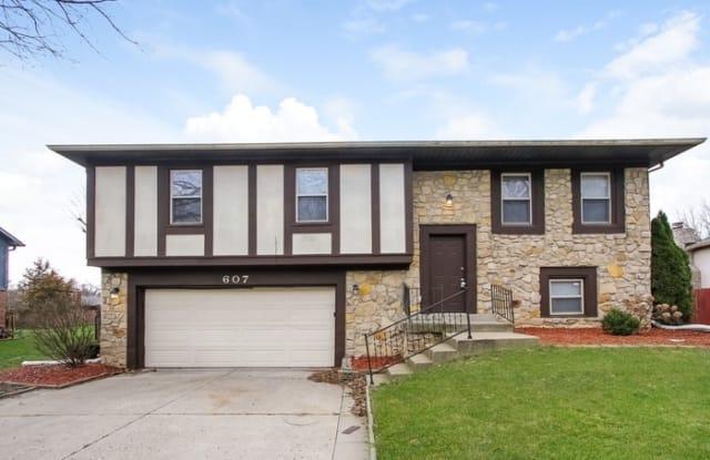 607 Rahkewood Drive - 607 Rahkewood Drive, Indianapolis, IN 46217