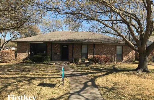 5801 Wedgwood Drive - 5801 Wedgwood Drive, Fort Worth, TX 76133