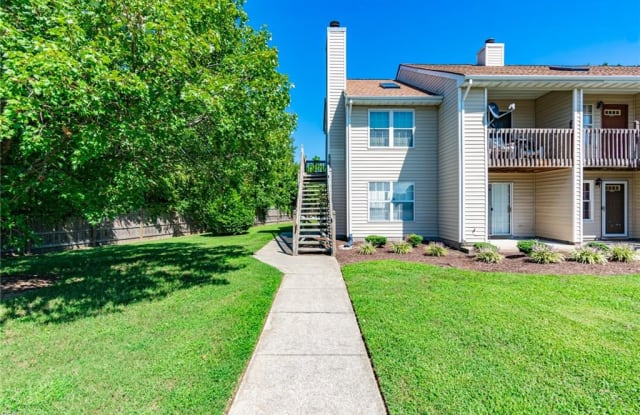 3674 Towne Point Road - 3674 Towne Point Road, Portsmouth, VA 23703