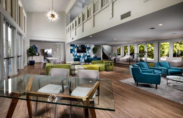 Warner Villa Apartments - 5807 Topanga Canyon Blvd, Los Angeles, CA 91367