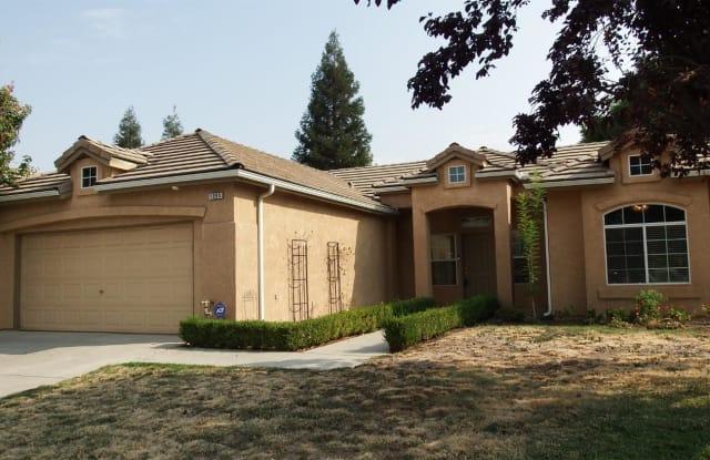 1085 E Hogan Avenue - 1085 East Hogan Avenue, Fresno, CA 93730