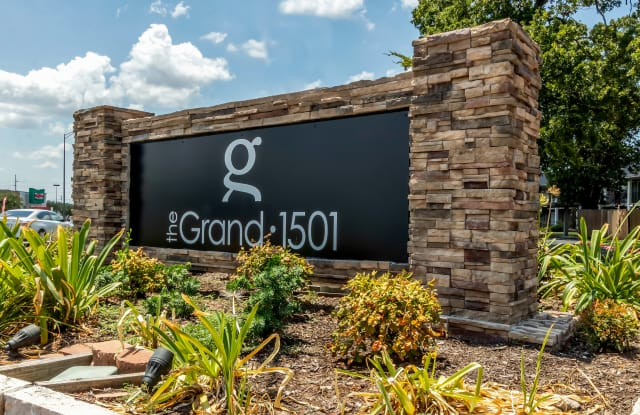 The Grand at 1501 - Plantation Oaks - 1501 Harvey Rd, College Station, TX 77840