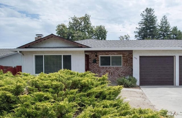 732 Golden Oak Ct - 732 Golden Oak Court, Sunnyvale, CA 94086