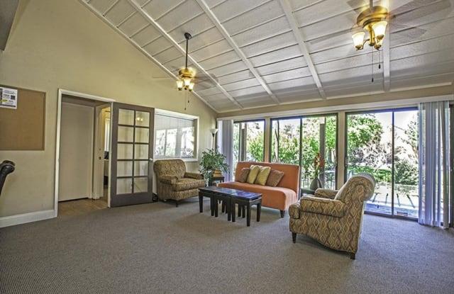 Spring Villas Townhomes - 431 Spring Villas Dr, Sparks, NV 89431