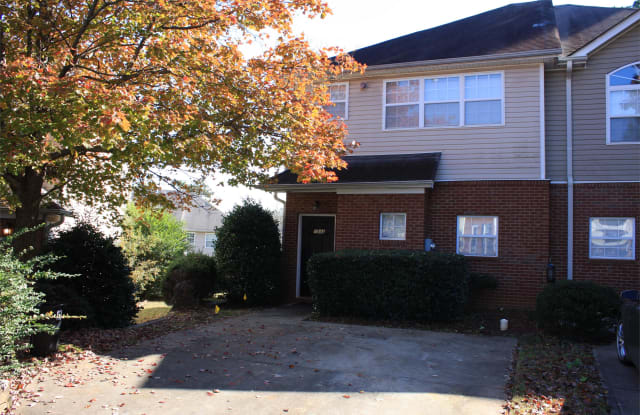 1543 Springleaf Ct - 1543 Springleaf Court Southeast, Smyrna, GA 30080