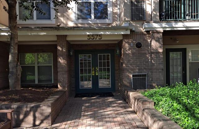 5575 Seminary Road #213 - 1 - 5575 Seminary Road, Bailey's Crossroads, VA 22041