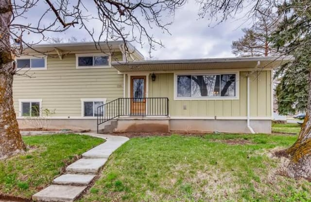139 South 600 East - 139 South 600 East, Kaysville, UT 84037