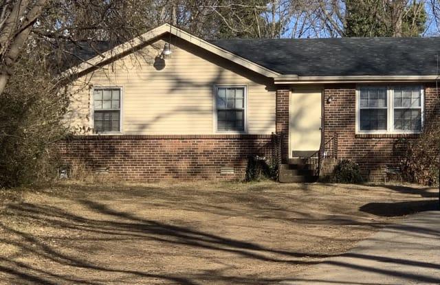 2408 Vaulx Ln - 2408 Vaulx Lane, Nashville, TN 37204