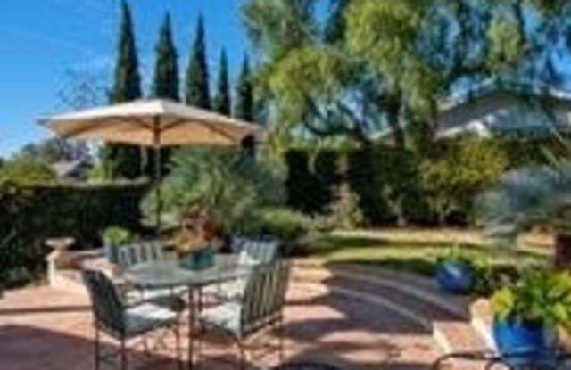 540 Graceland Drive - 540 Graceland Drive, Laguna Beach, CA 92651