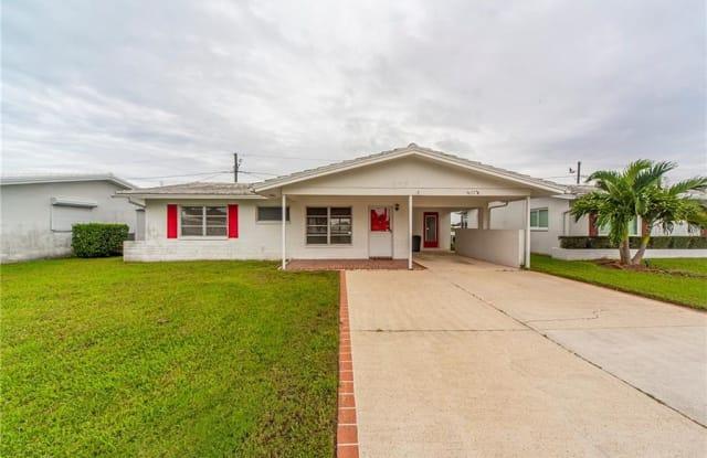9677 MAINLANDS BOULEVARD W - 9677 Mainlands Boulevard West, Pinellas Park, FL 33782